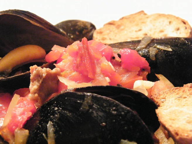 Mussels and chorizo up close