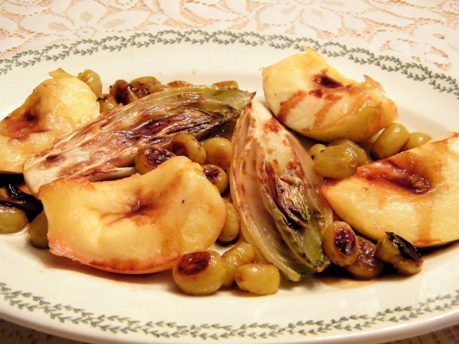 Endive, Apples, and Grapes